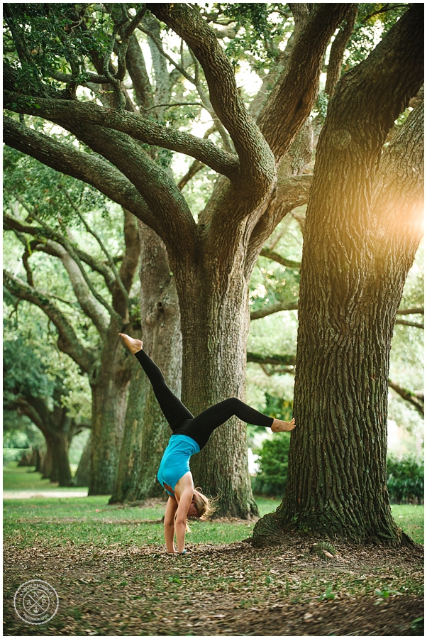 Aaron Nicholas Photography, SERENITY TREE YOGA SHOOT ON THE BATTERY IN CHARLESTON, SC_0257.jpg