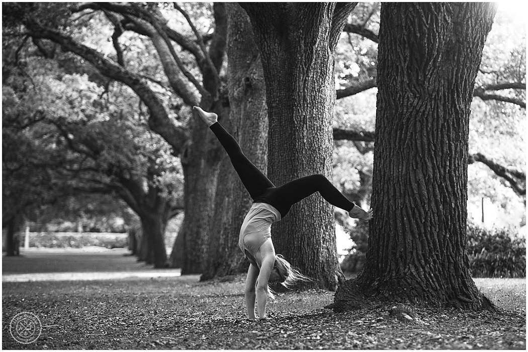 Aaron Nicholas Photography, SERENITY TREE YOGA SHOOT ON THE BATTERY IN CHARLESTON, SC_0259.jpg
