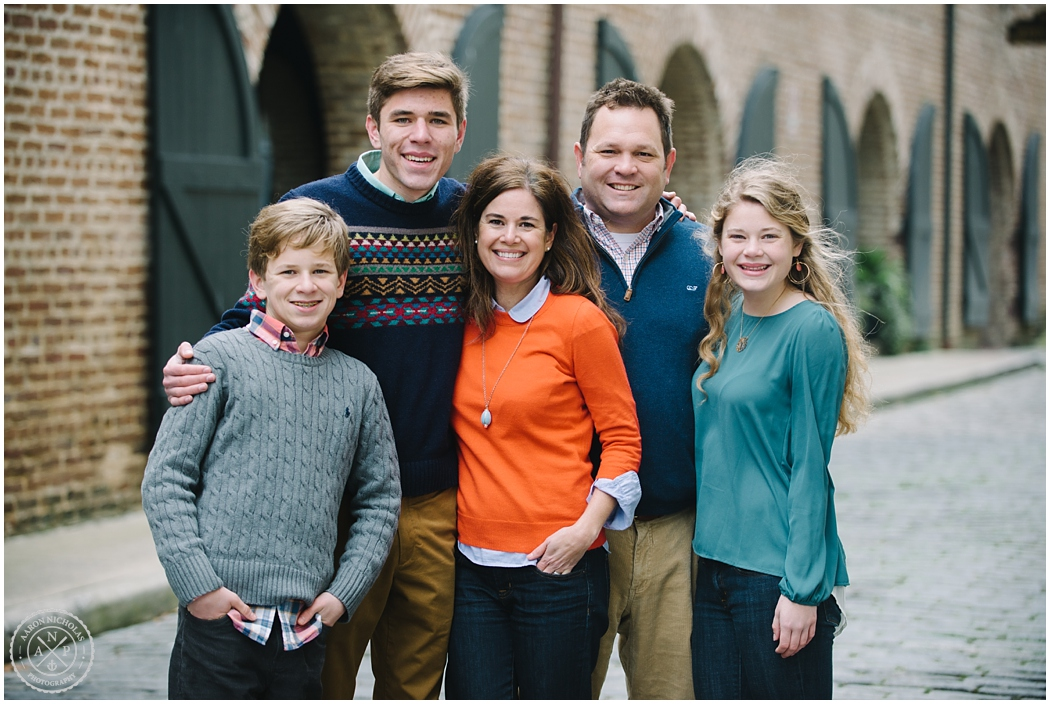 Family of 5 in Charleston, South Carolina Family, High School kids in Charleston, Christian family, Downtown Charleston family session! Photo by Aaron Nicholas Photography, destination wedding photographer based in Charleston, South Carolina