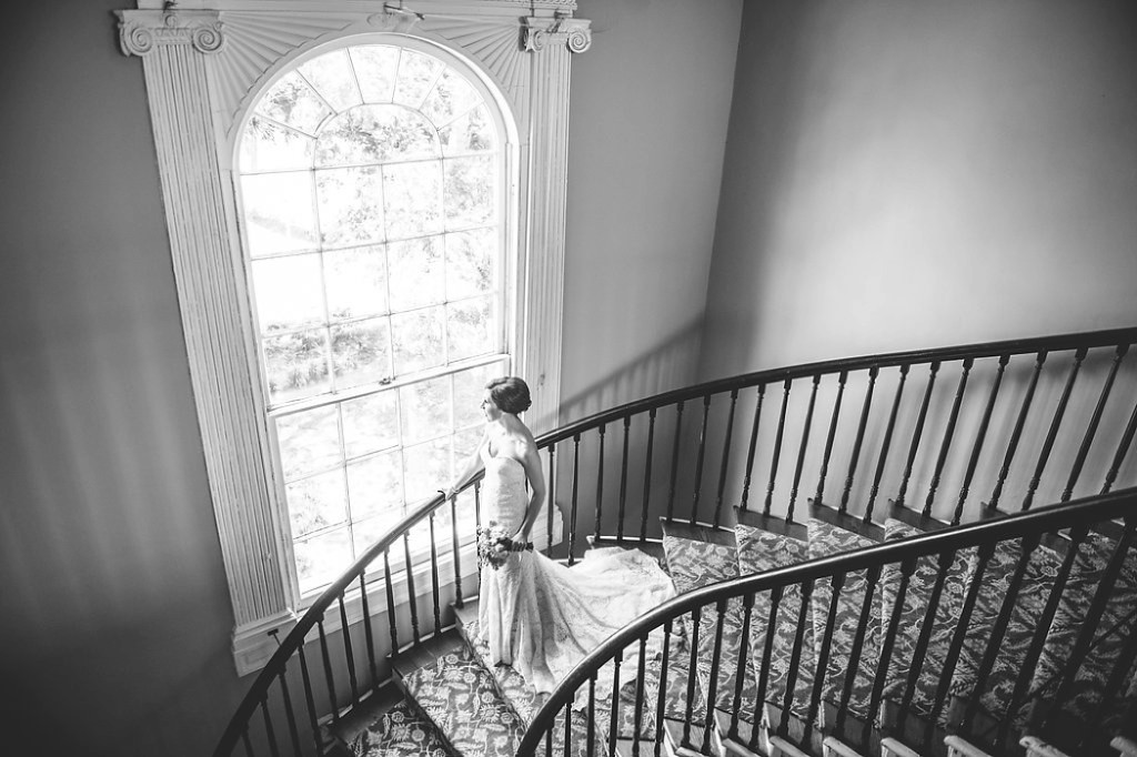 Thomas Bennett House bridal photos by Charleston wedding photographer Aaron and Jillian Photography