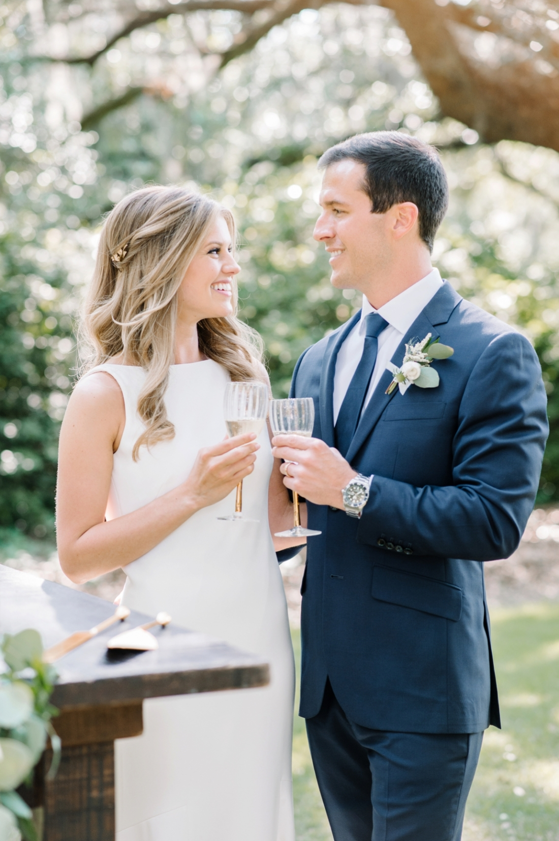 Legare Waring House elopement in Charleston, SC wedding photography by Aaron and Jillian Photography_0054