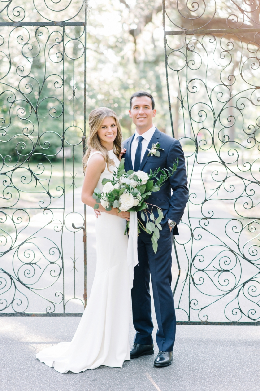 Legare Waring House elopement in Charleston, SC wedding photography by Aaron and Jillian Photography_0067