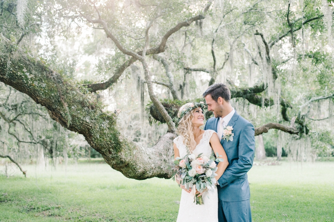 jermiah-and-shelbys-magnolia-plantation-wedding-in-charleston-by-charleston-wedding-photographers-aaron-and-jillian-photography-_0001