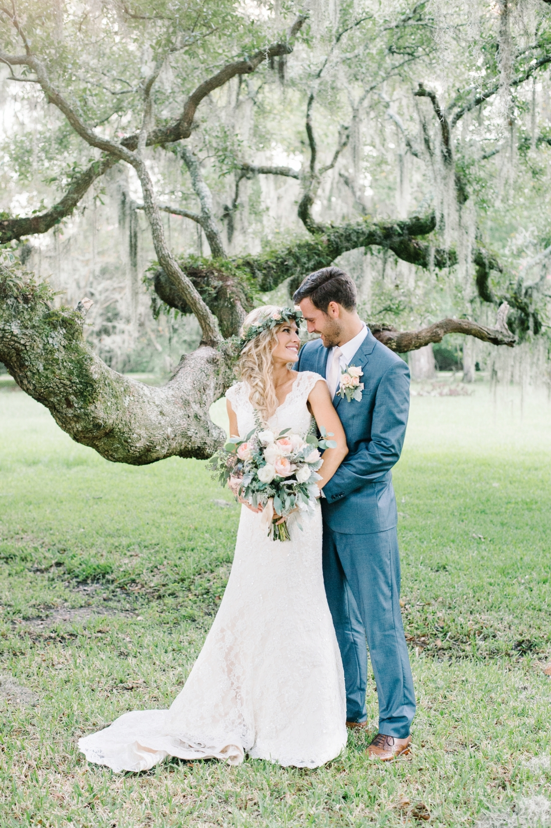 jermiah-and-shelbys-magnolia-plantation-wedding-in-charleston-by-charleston-wedding-photographers-aaron-and-jillian-photography-_0019