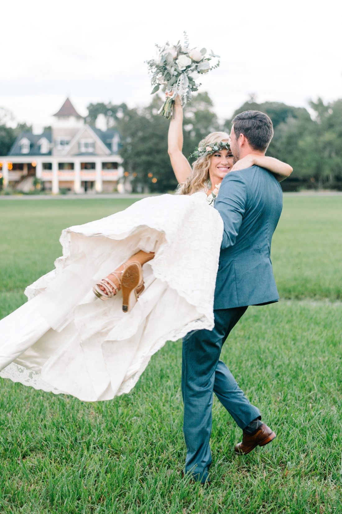 jermiah-and-shelbys-magnolia-plantation-wedding-in-charleston-by-charleston-wedding-photographers-aaron-and-jillian-photography-_0023