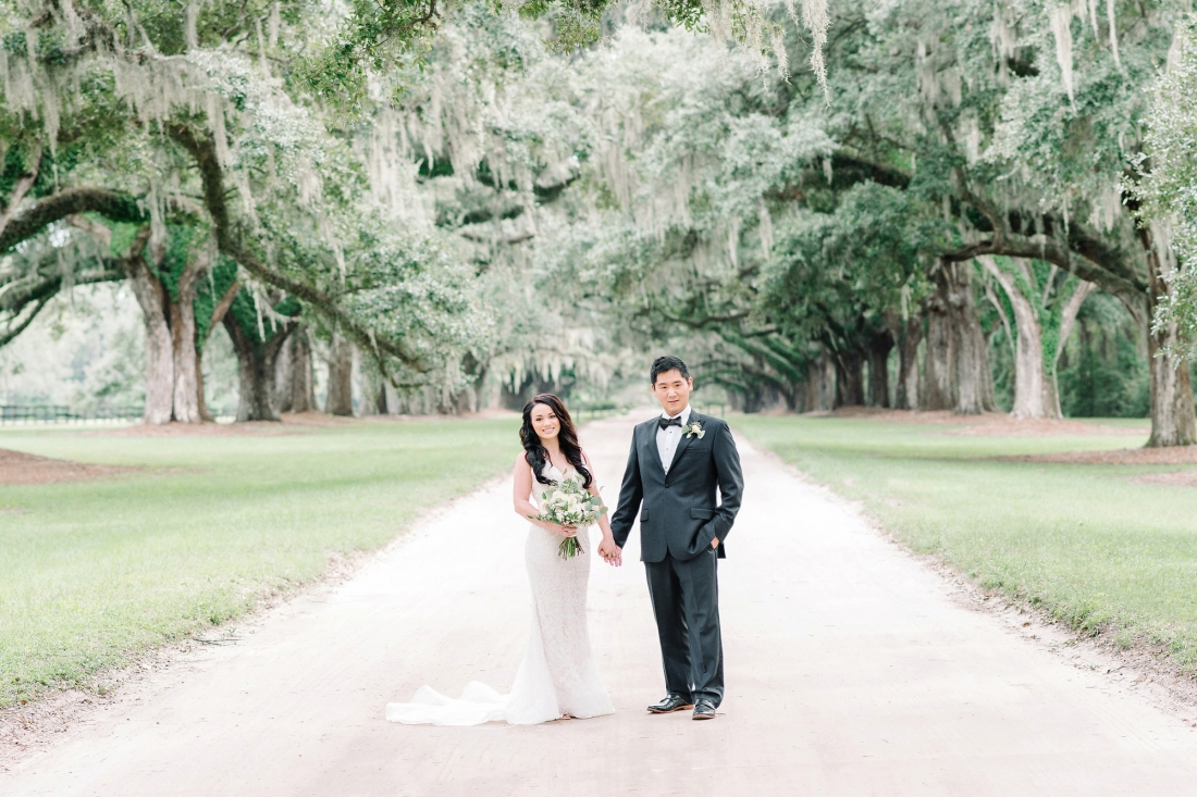 thomas-and-callas-boone-hall-plantation-wedding-by-charleston-wedding-photographers-aaron-and-jillian-photography-_0010
