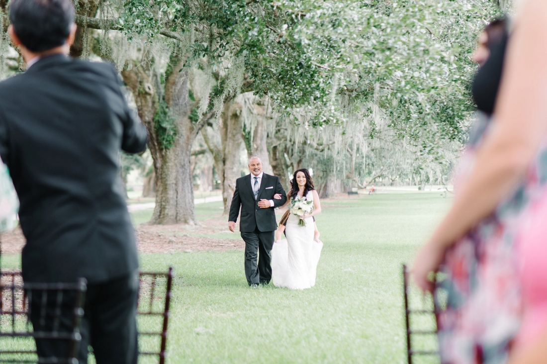 thomas-and-callas-boone-hall-plantation-wedding-by-charleston-wedding-photographers-aaron-and-jillian-photography-_0026