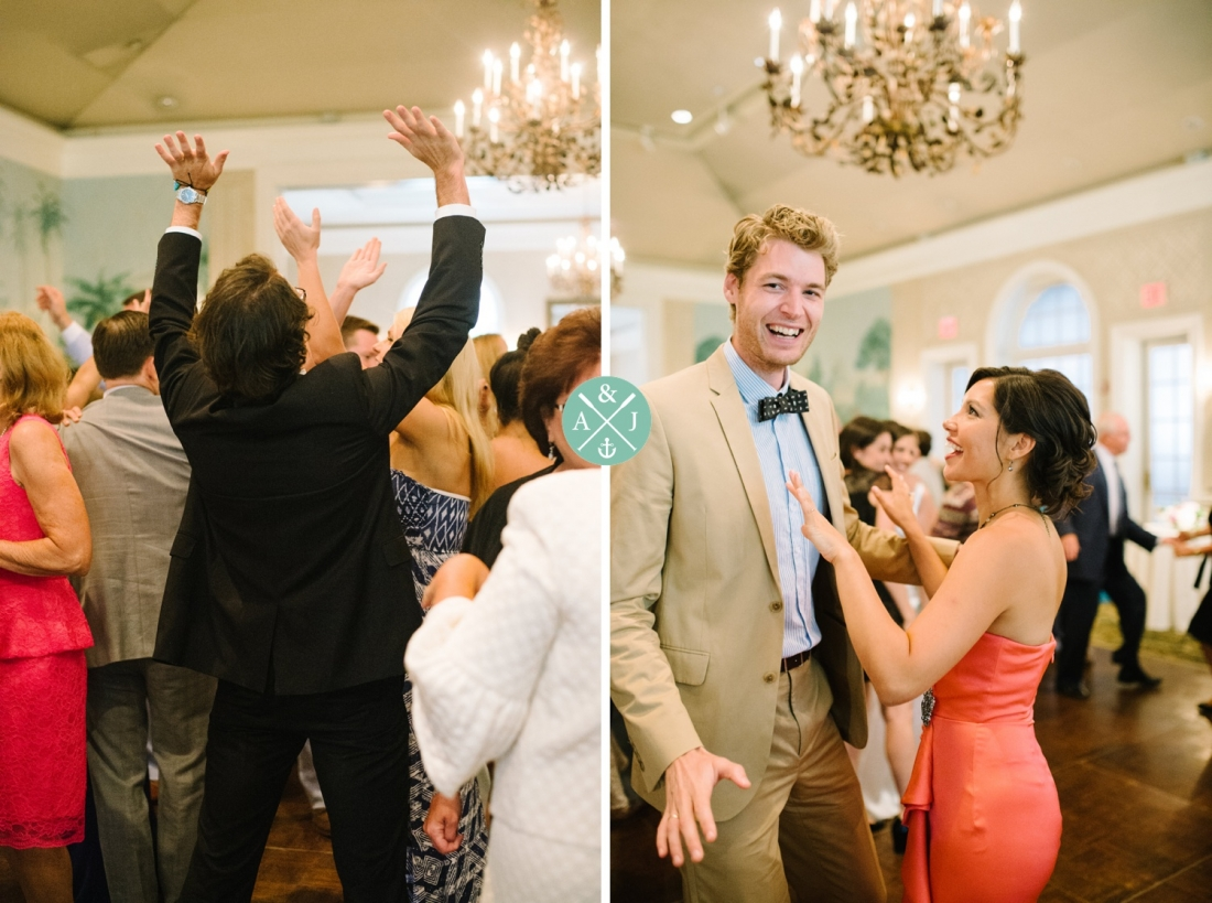 Guests dancing at a New York Botanical Gardens wedding by Charleston wedding photographers Aaron and Jillian Photography -_0056